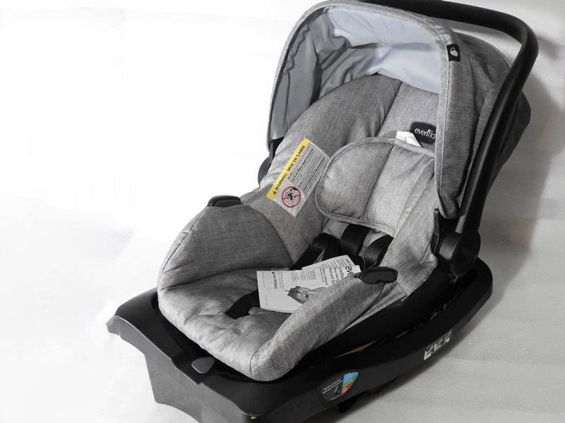 Evenflo LiteMax 35 infant car seat review - Baby Gear Essentials