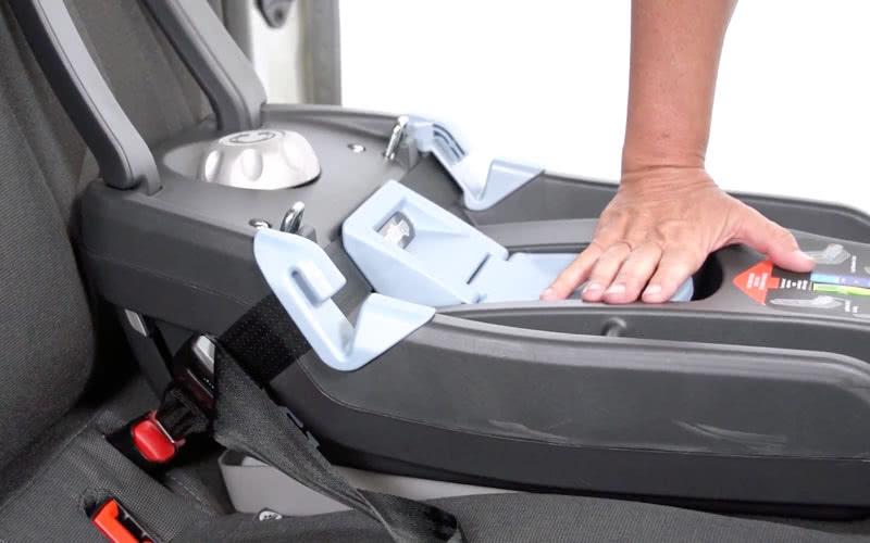 Peg Perego Primo Viaggio review base installation LATCH car seat - Baby Gear Essentials