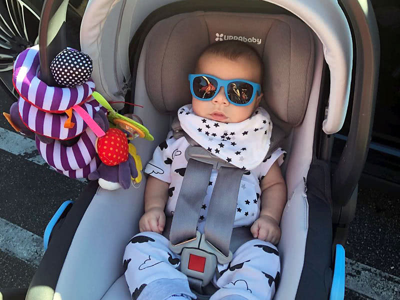 infant car seat picking guide - Baby Gear Essentials
