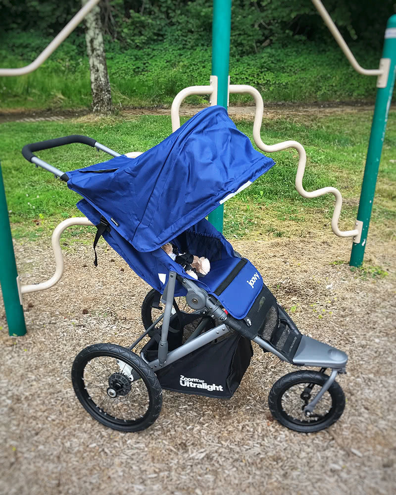 joovy zoom 360 stroller review folding assembly - Baby Gear Essentials