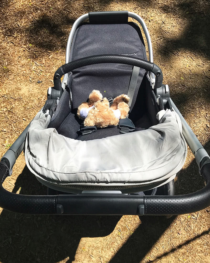 uppababy cruz v2 stroller review handle bar - Baby Gear Essentials
